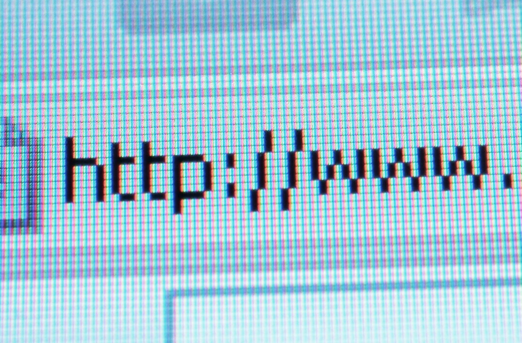 Sådan går du til kamp mod cybersquatters