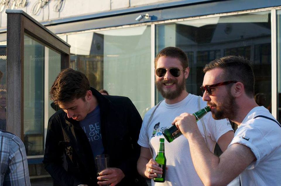 Join Silicon Drinkabout 6 måneders jubilæum på KarriereBar i Kødbyen, København, i aften!