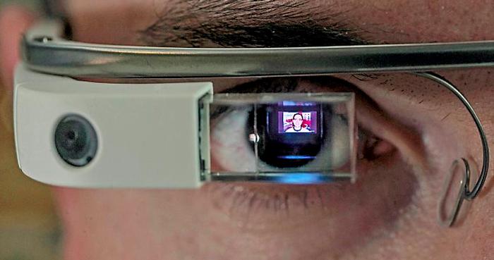 Googles bærbare computer i brilleform til Internet Week Denmark