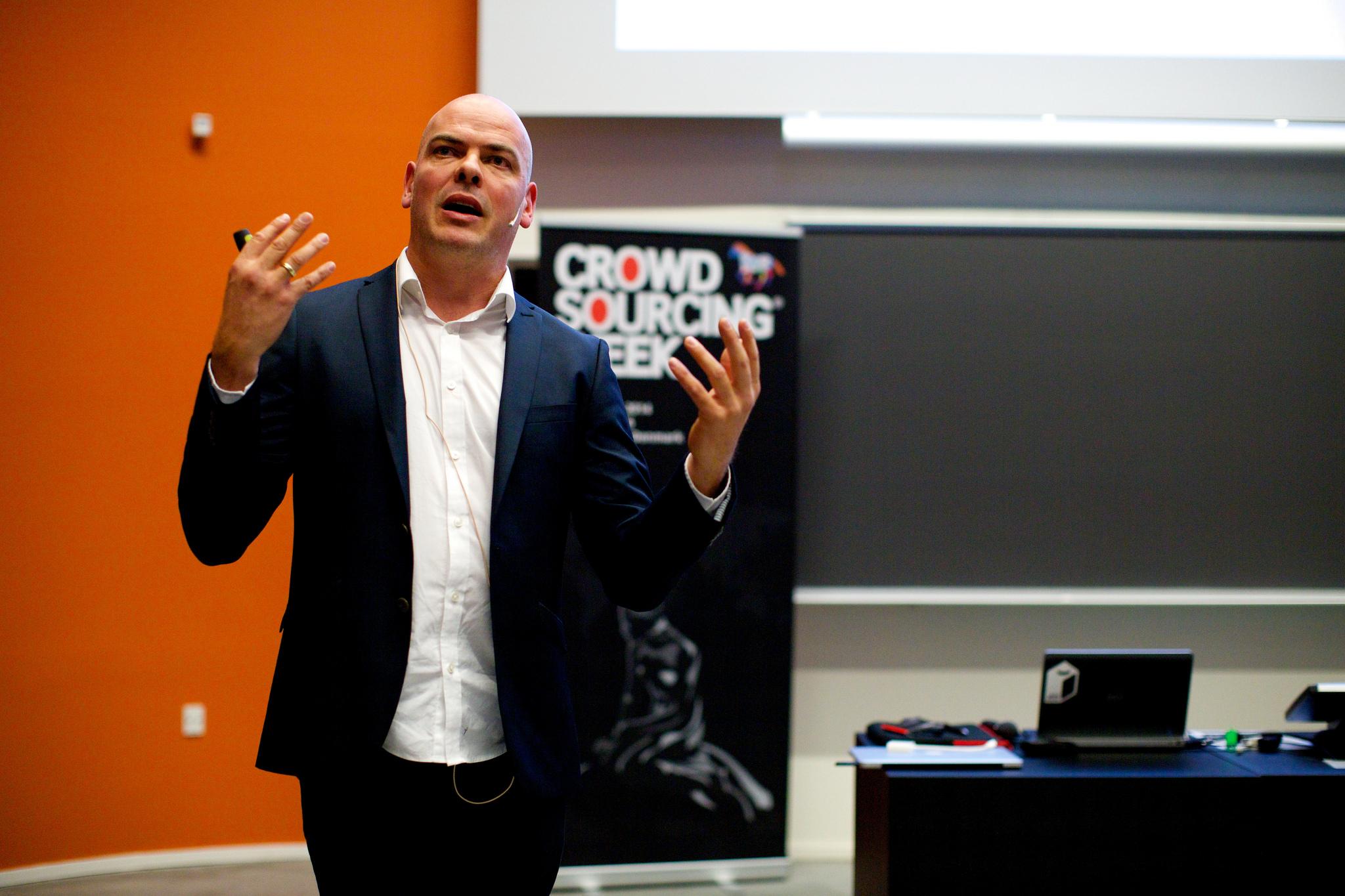 Crowd økonomiens 5 karakteristikker – af Epi Ludvik Nekaj