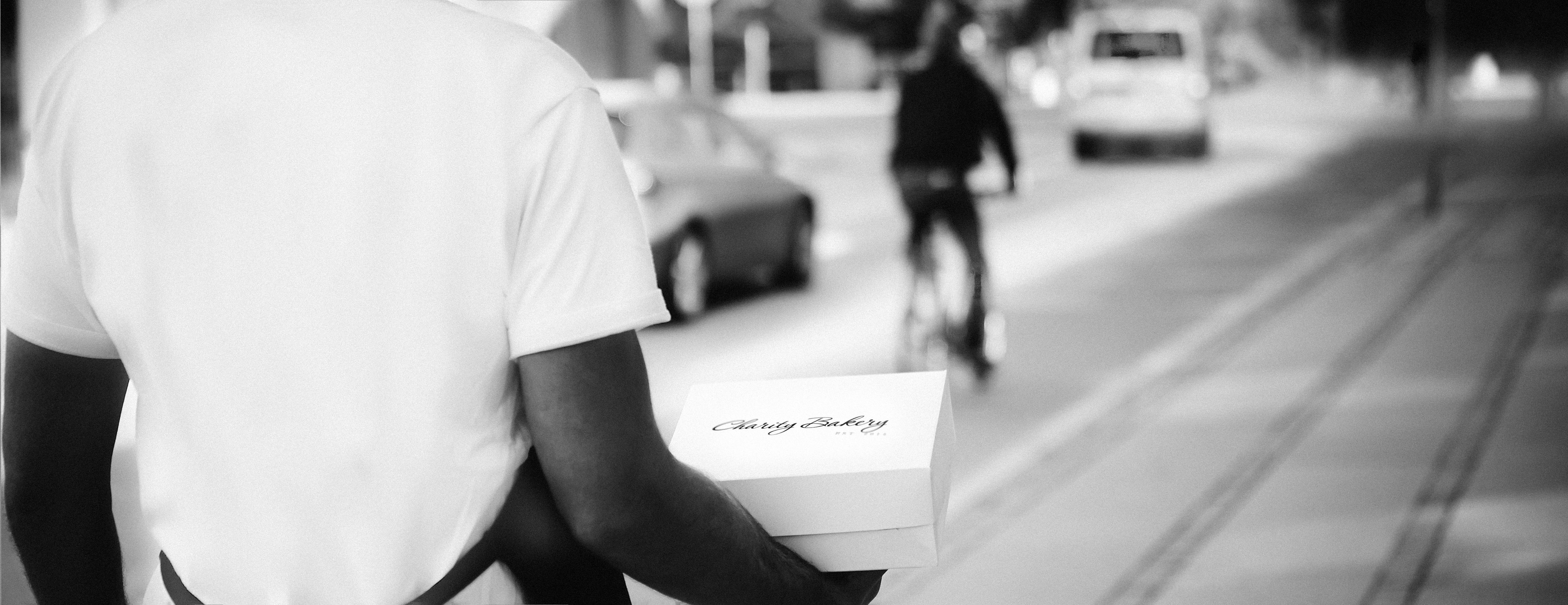 Startup forener kageglæde med velgørenhed