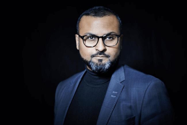 Serieiværksætter og mentor Moonis Kamil: Jeg bliver selv dygtigere af det