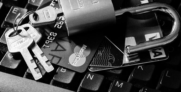 Rekordmange danskere får misbrugt betalingskort på nettet