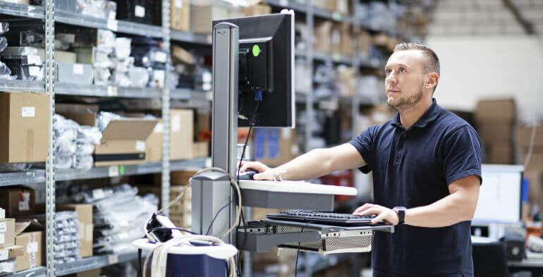 Tech i køledisken med lørdagskyllinger kan redde detailbranchen