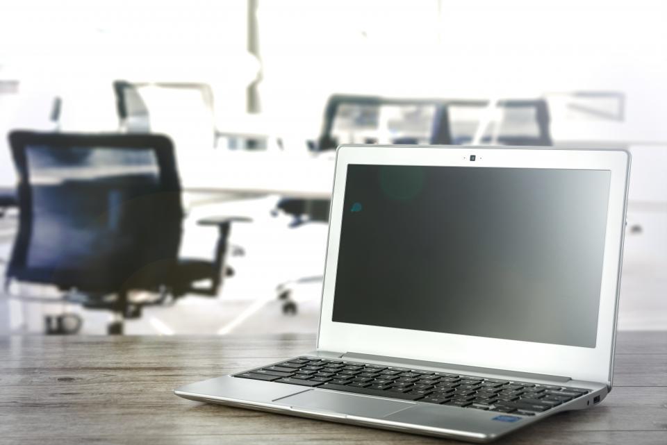 Dansk webshop har succes med salg af kabler og elektronik online
