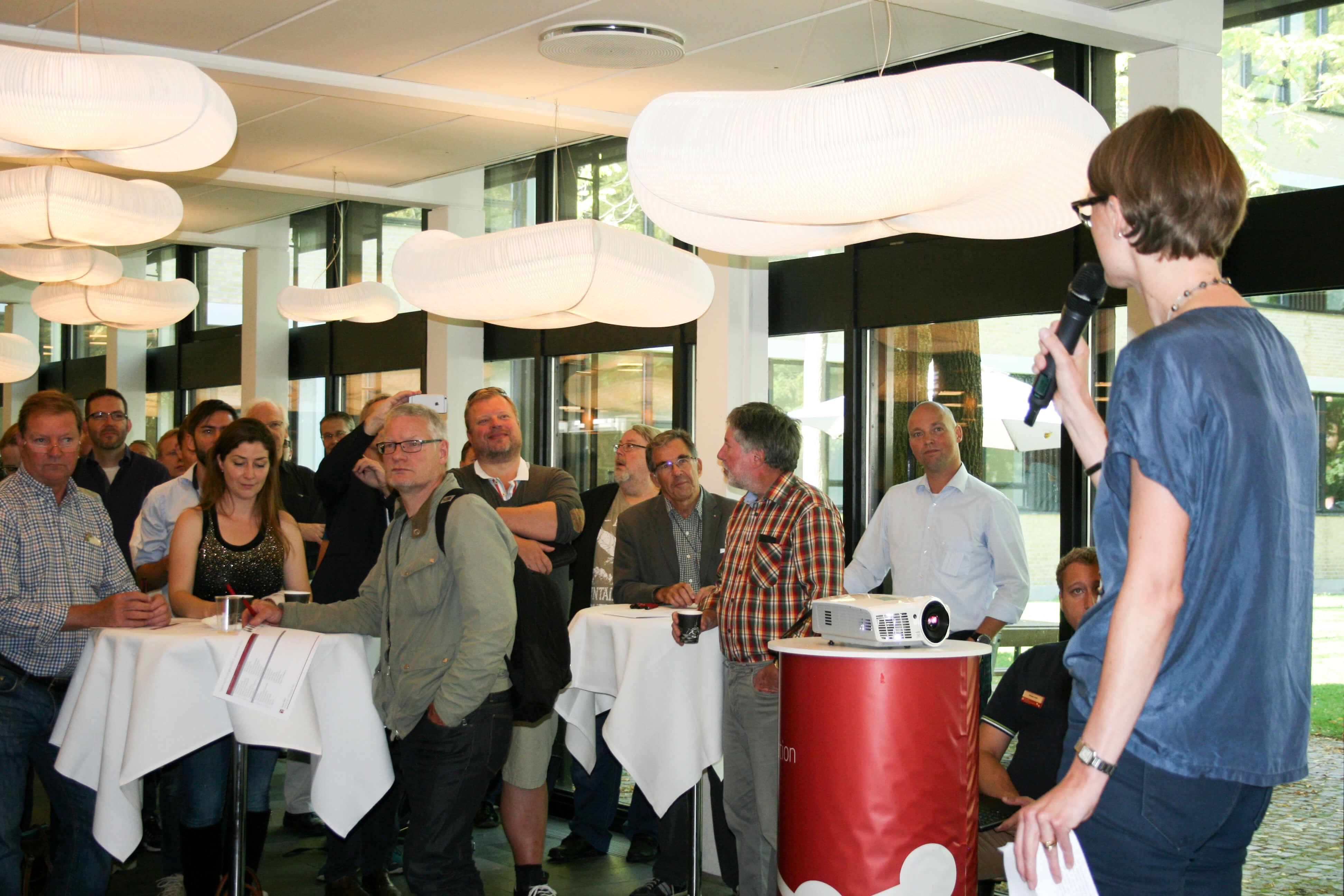 Lotte Bonfils Andersen fra Scion DTU byder velkommen.